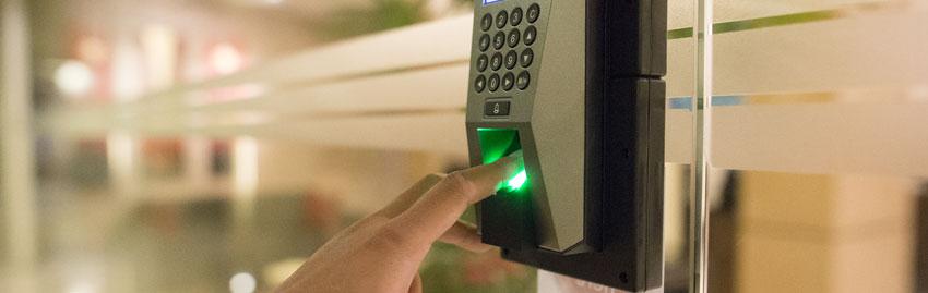 Установка систем контроля доступа в Крыму